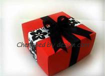 Black/Red Gift Box