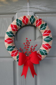 Red Green Argyle Wreath