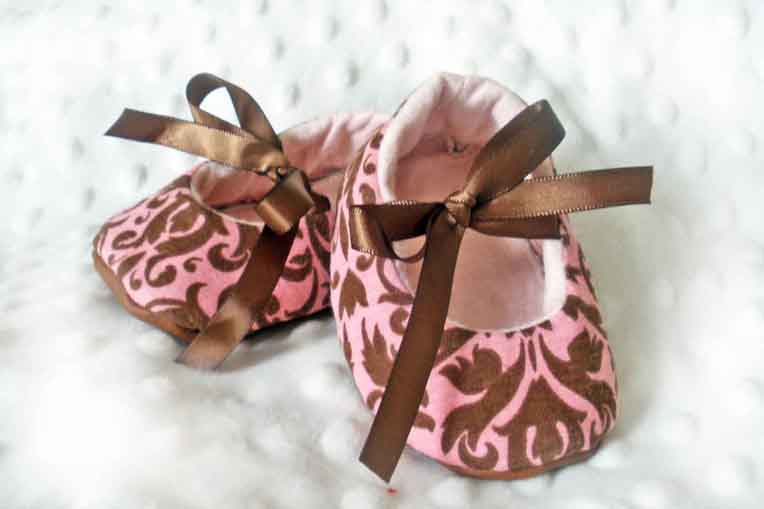 Peach Damask Baby Booties