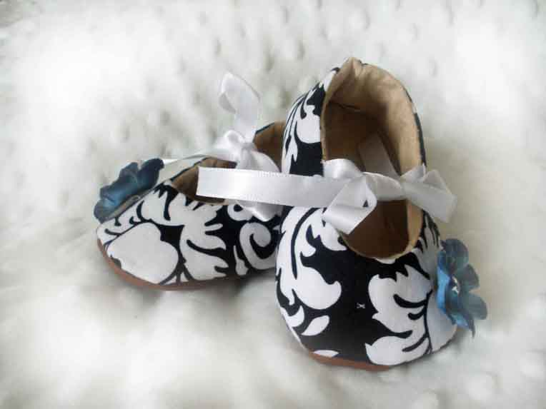 Black Damask Blue Baby Booties
