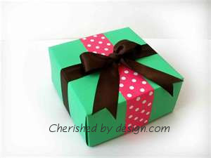 Pink/Green Gift Box