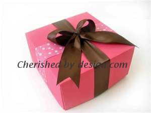 Pink/Brown Gift Box